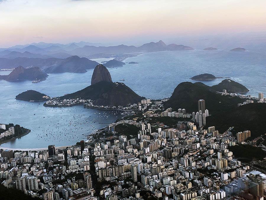 Monumento Natural dos Morros do Pão de Açúcar e da Urca é um complexo de morros localizado no bairro da Urca, na cidade do Rio de Janeiro, no Brasil. É composto pelo Morro do Pão de Açúcar e pelo Morro da Urca (Foto: Alan Corrêa)